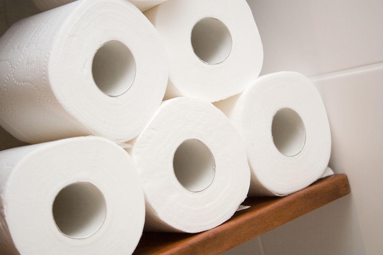 Bidet vs. Toilet Paper: Which Is Better?
