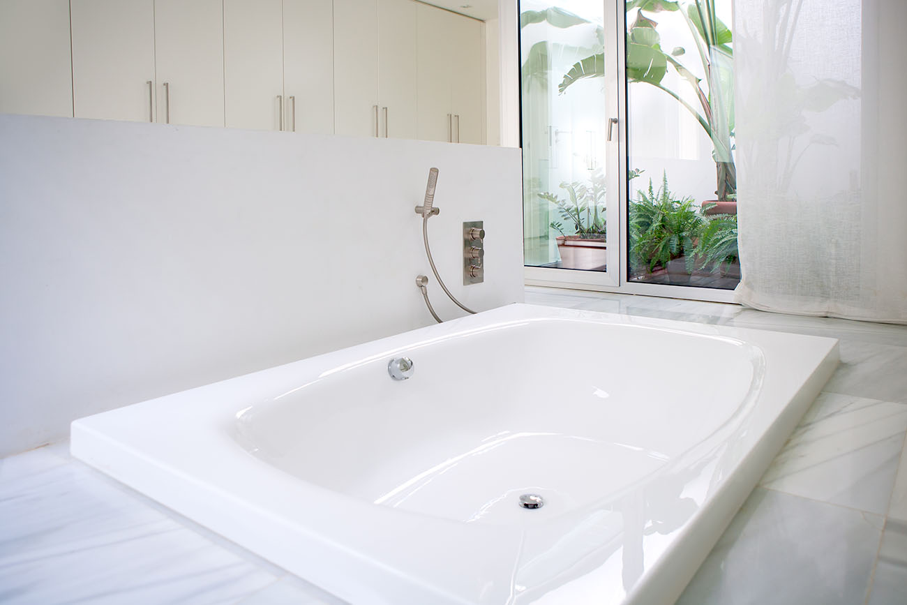 Different Types of Bathtubs to Know
