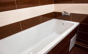 Bathtub Reglazing: Pros, Cons & How To
